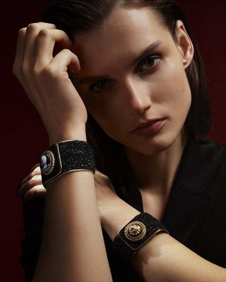 Chanel Collection horlogère Mademoiselle Privé Bouton