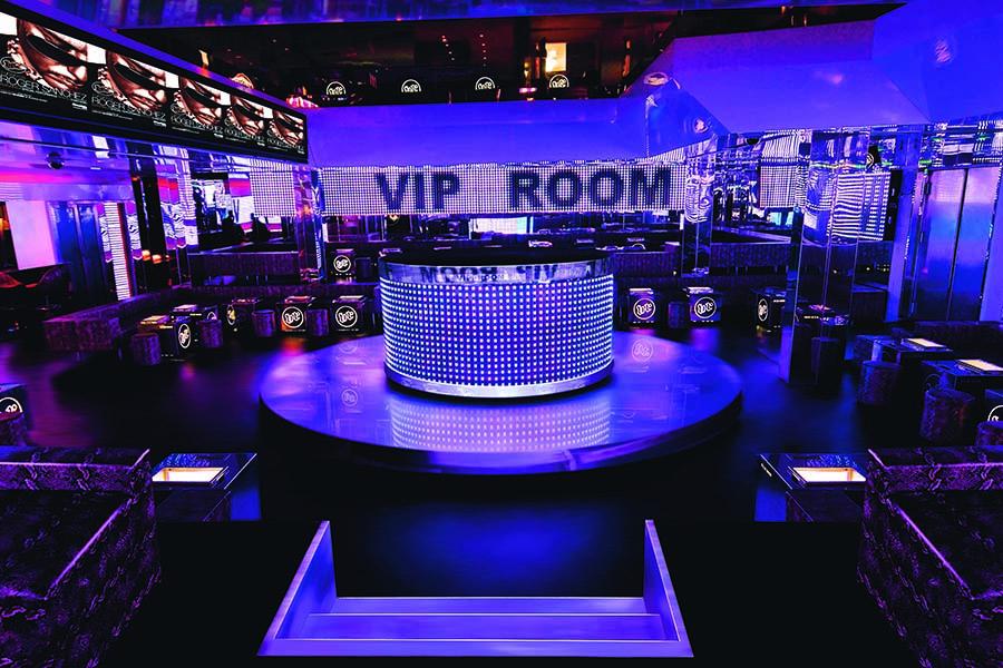 Tendance Lifestyle - VIP room St Tropez