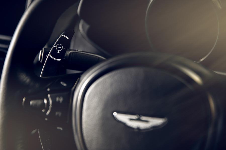 Aston Martin la légende James Bond