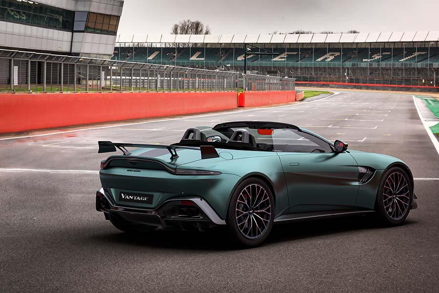 Aston Martin Vantage F1