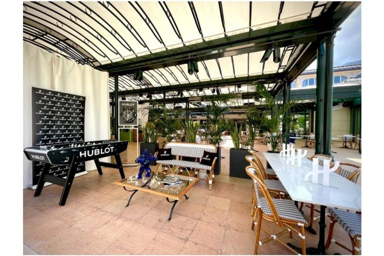 La terrasse Hublot au Café de Paris