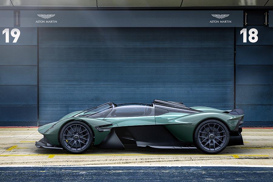 Aston Martin Valkyrie-2