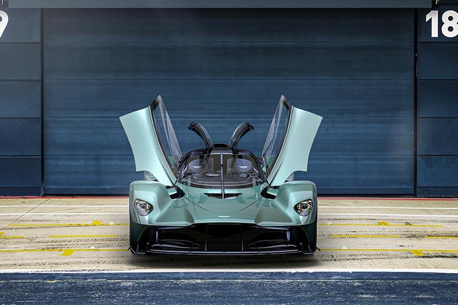 Aston Martin Valkyrie-3