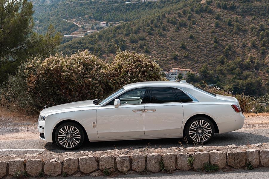 Rolls Royce Ghost-2