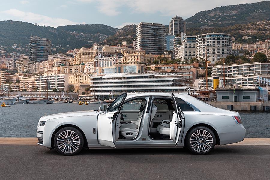 Rolls Royce Ghost-3